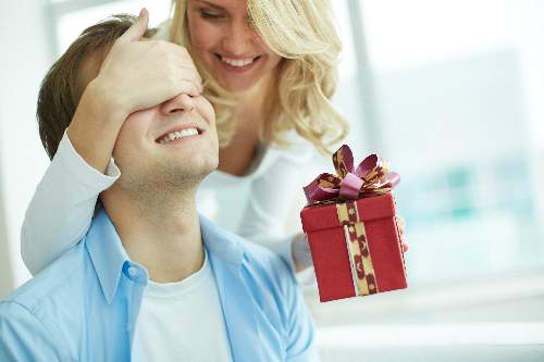 Tips-for-Finding-Gifts-for-Him